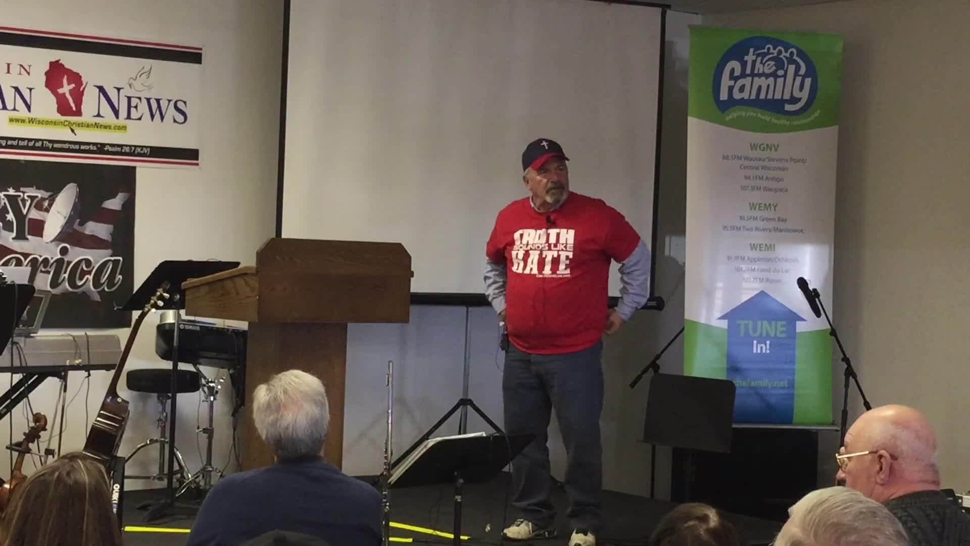 Coach Dave Daubenmire At 2017 Wisconsin Christian News Ministry Expo and Conference